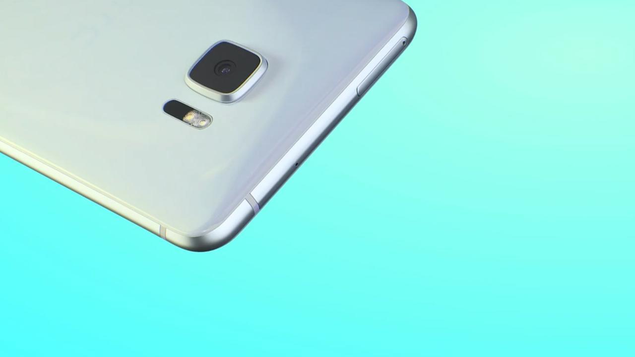 Nieuwe HTC-telefoon heeft twee schermen