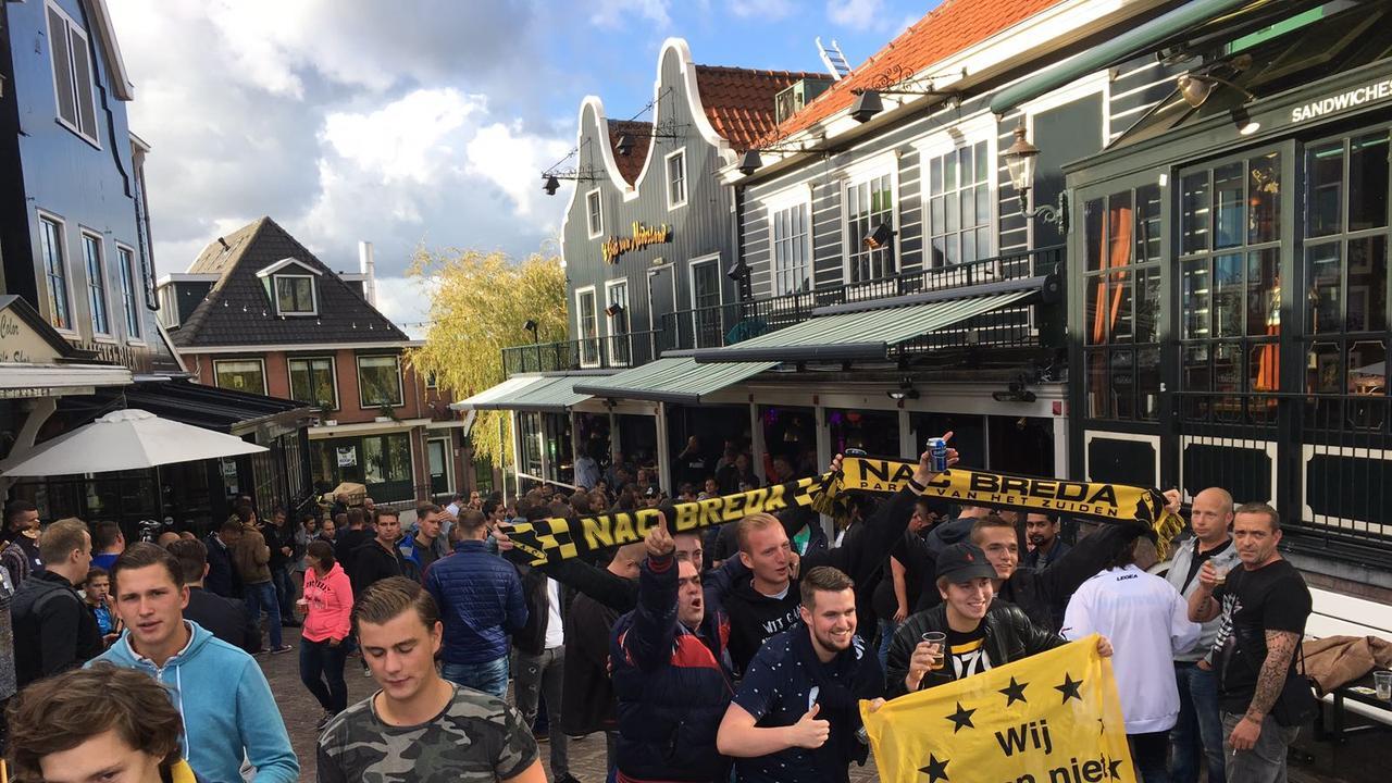 Volendam-NAC Bredase fans