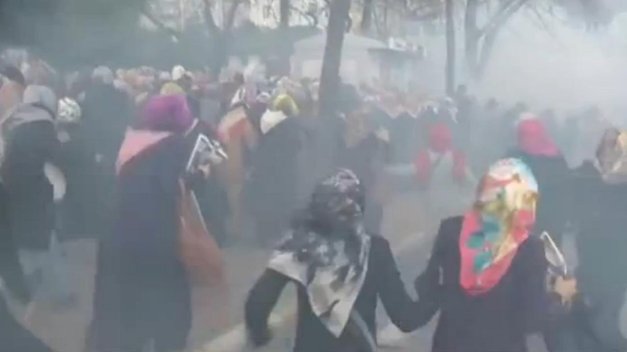 Turkse politie gebruikt traangas tegen nieuw protest krant Zaman
