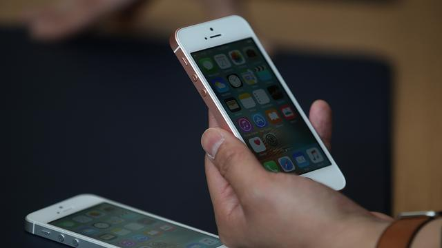 Analisten benieuwd naar effect verwachte omzetdaling iPhone