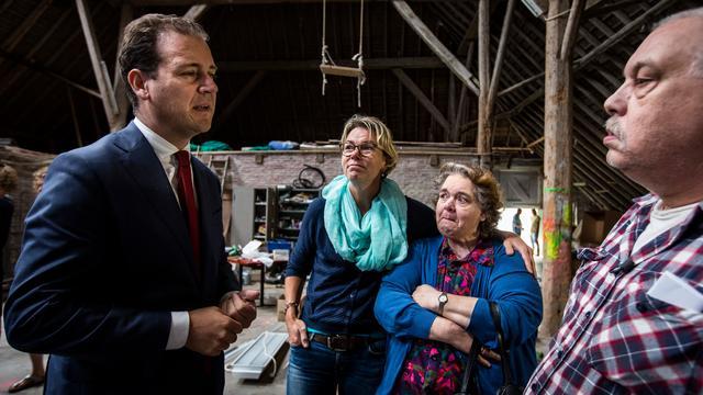 Asscher sluit convenant met Groningen voor woningversterking