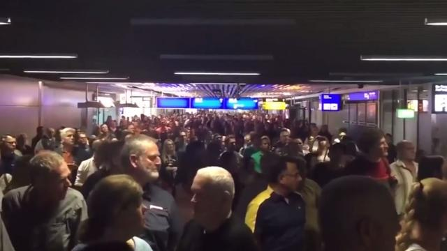 Vliegveld Frankfurt deels ontruimd