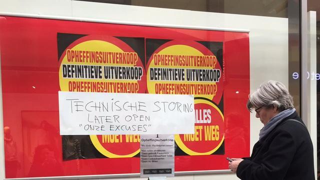Tijdelijke heropening V&D in Alphen uitgesteld om technische storing