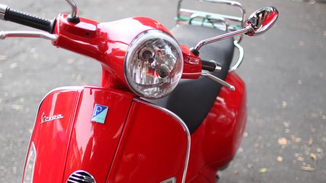Gemeente en ministerie niet eens over invoering scooterverbod fietspaden