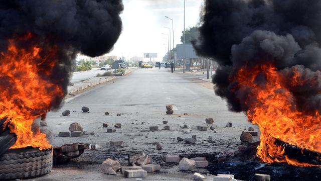 Avondklok in Tunesië na hevige protesten