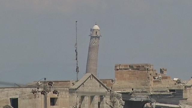 IS verwoest moskee Mosul waar kalifaat werd uitgeroepen