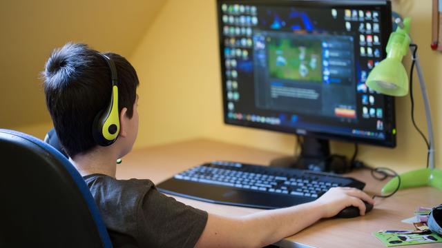 'Bijna 10 procent tienerjongens toont tekenen gameverslaving'