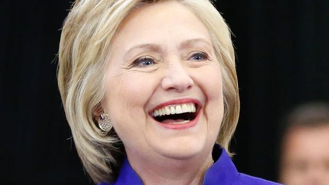 'Hillary Clinton behaalt genoeg gedelegeerden voor nominatie'