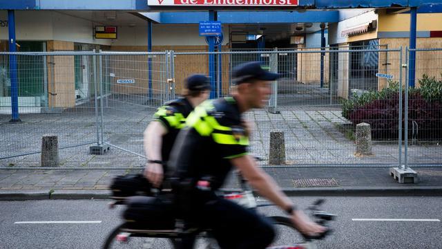 Politie stuurt extra agenten naar onrustige wijk Ede