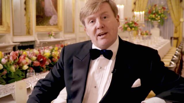 Koning Willem-Alexander nodigt jarigen uit voor diner
