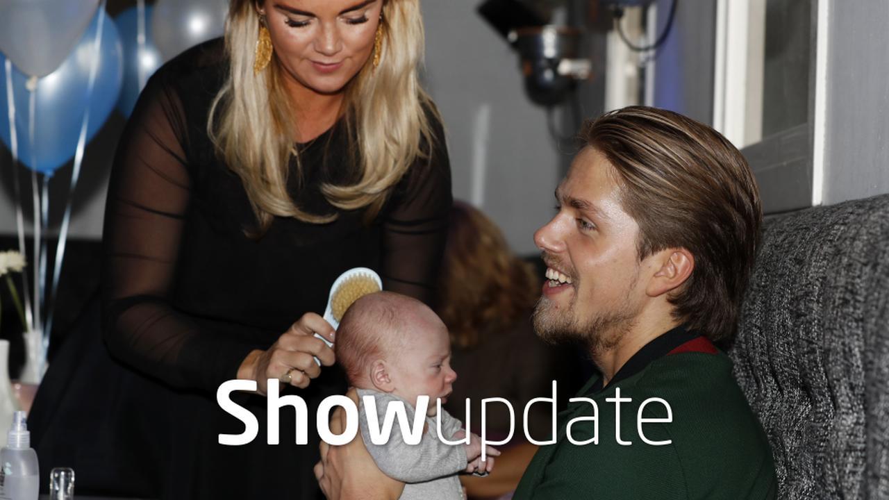 Show Update: Kleine André Hazes dol op Facetime