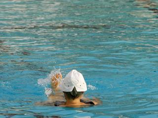 Zwembad blijft vrouwenzwemmen ondersteunen