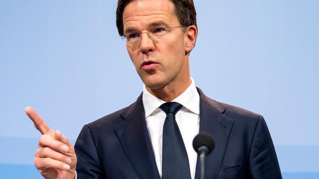 Oppositie wil opheldering Rutte over instroomcijfers asielzoekers