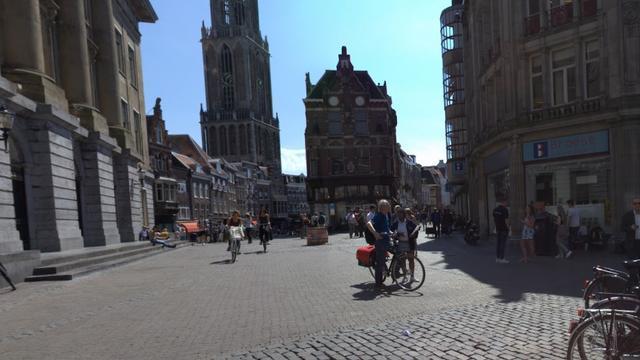 Theaterprotest tegen TTIP en CETA op Stadhuisbrug