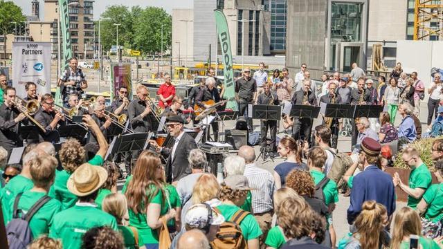 Maand van de Amateurkunst afgetrapt op Utrecht Centraal