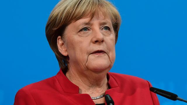 'Merkel wil EU-gesprekken met Turkije onderbreken'
