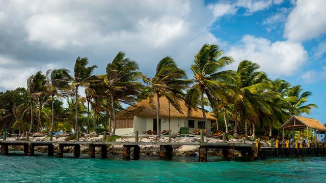 'Economieën Caribisch Nederland te afhankelijk van toerisme'