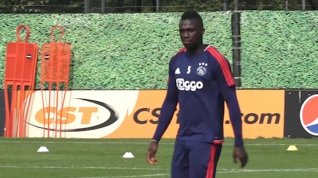 Veelbesproken Sanchez meldt zich gewoon op trainingsveld Ajax