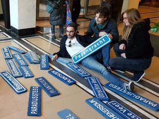Ruim driehonderd straatnaamborden blijven over na actie