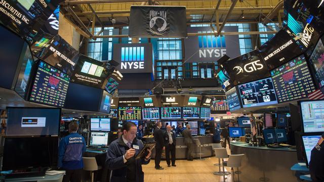 Beurzen New York openen nagenoeg vlak na bedrijfscijfers