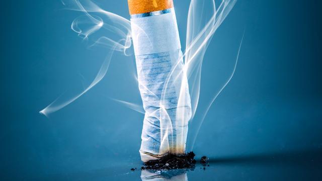 Steeds minder Nederlanders roken