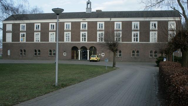College wil Edward Poppe Internaat Etten-Leur niet behouden