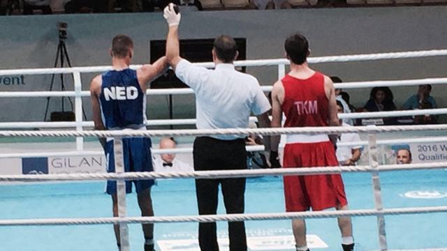 Boksers Lacruz en Korving stap dichter bij kwalificatie voor Spelen