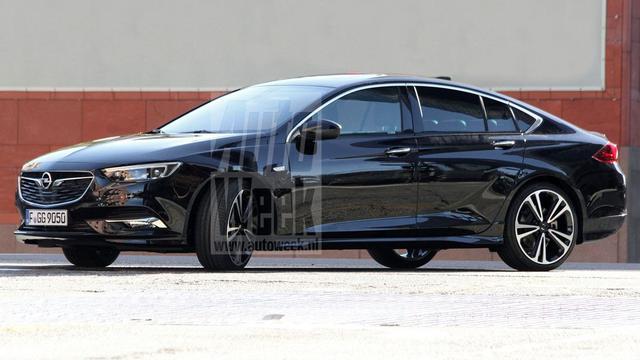 Opel Insignia onbedoeld het net op gelekt