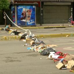 Video: Openbaar leven in Caracas ligt stil door grote staking