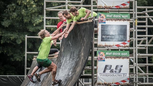 2.600 deelnemers bij uitverkochte TCV Obstacle Run