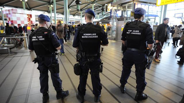 Nederlander maakt zich meer zorgen over oorlog en terrorisme
