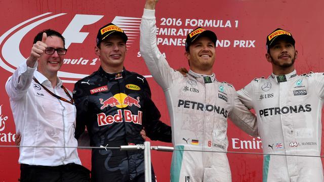 Verstappen genoot van strijd om plaats twee met Hamilton op Suzuka