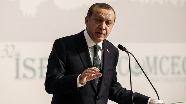 Turkse president Erdogan roept op tot sancties tegen Nederland