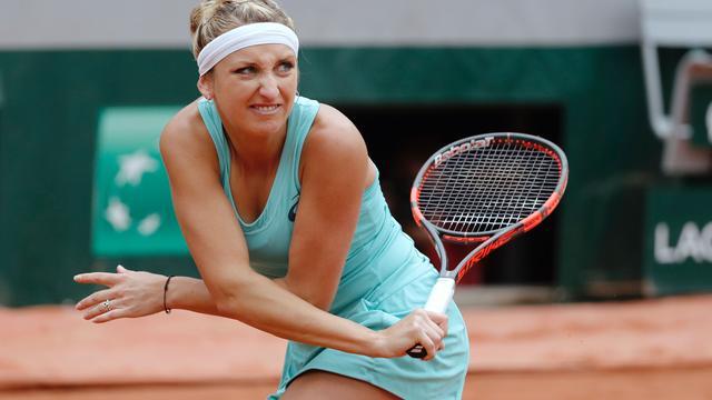 Bacsinszky niet verbaasd over opmars Bertens op Roland Garros