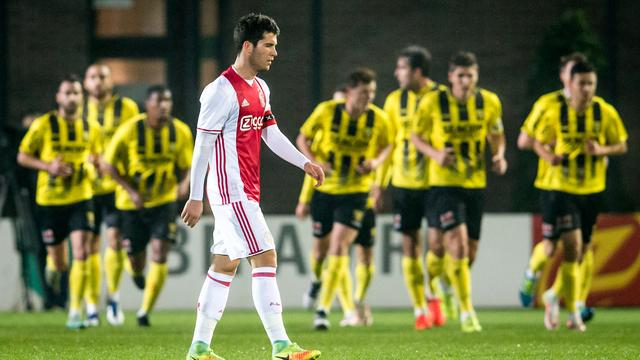 VVV-Venlo veel te sterk voor Jong Ajax in Jupiler League