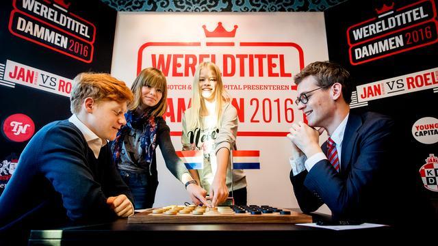 Boomstra en Groenendijk spelen opnieuw remise bij WK dammen