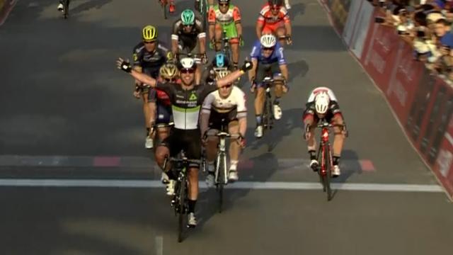 Hoogtepunten eerste etappe Ronde van Abu Dhabi