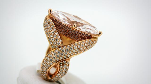 Diamant van 1,2 miljoen te koop op Art Breda