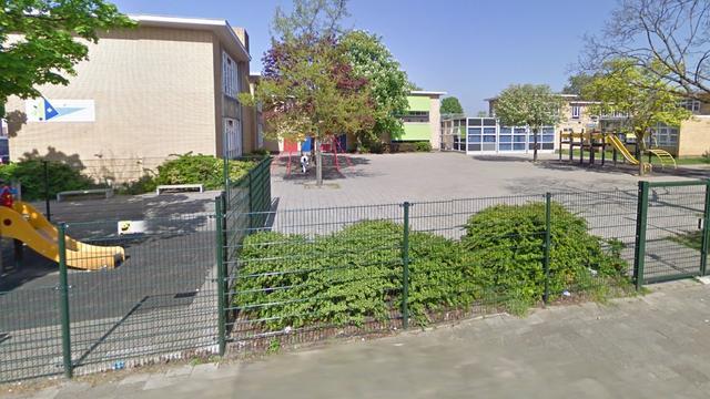 Brand in basisschool Zuilen, alle kinderen geëvacueerd