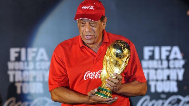 Braziliaanse WK-held Carlos Alberto op 72-jarige leeftijd overleden