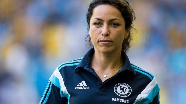 'Voormalig clubarts Carneiro sleept Chelsea voor de rechter'