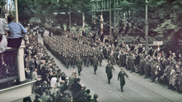 Utrechts Archief ontdekt unieke kleurenfoto van bevrijding Utrecht