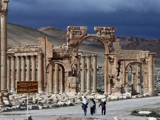 Terreurgroep heeft controle over Ramadi en Palmyra