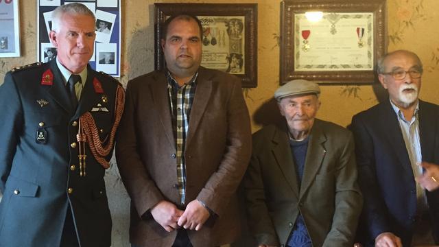 Zeeuwen feliciteren 101-jarige Donatien Hamon
