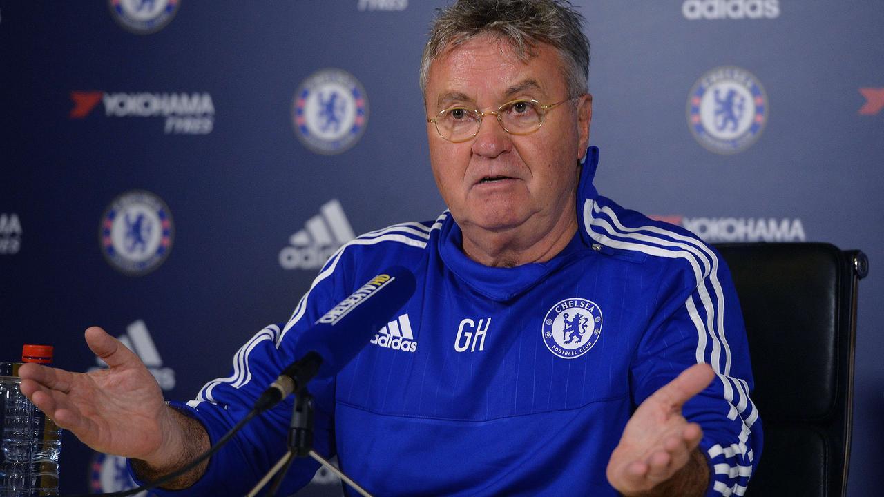 Hiddink verwacht dat Chelsea geen spelers kwijtraakt in transferperiode