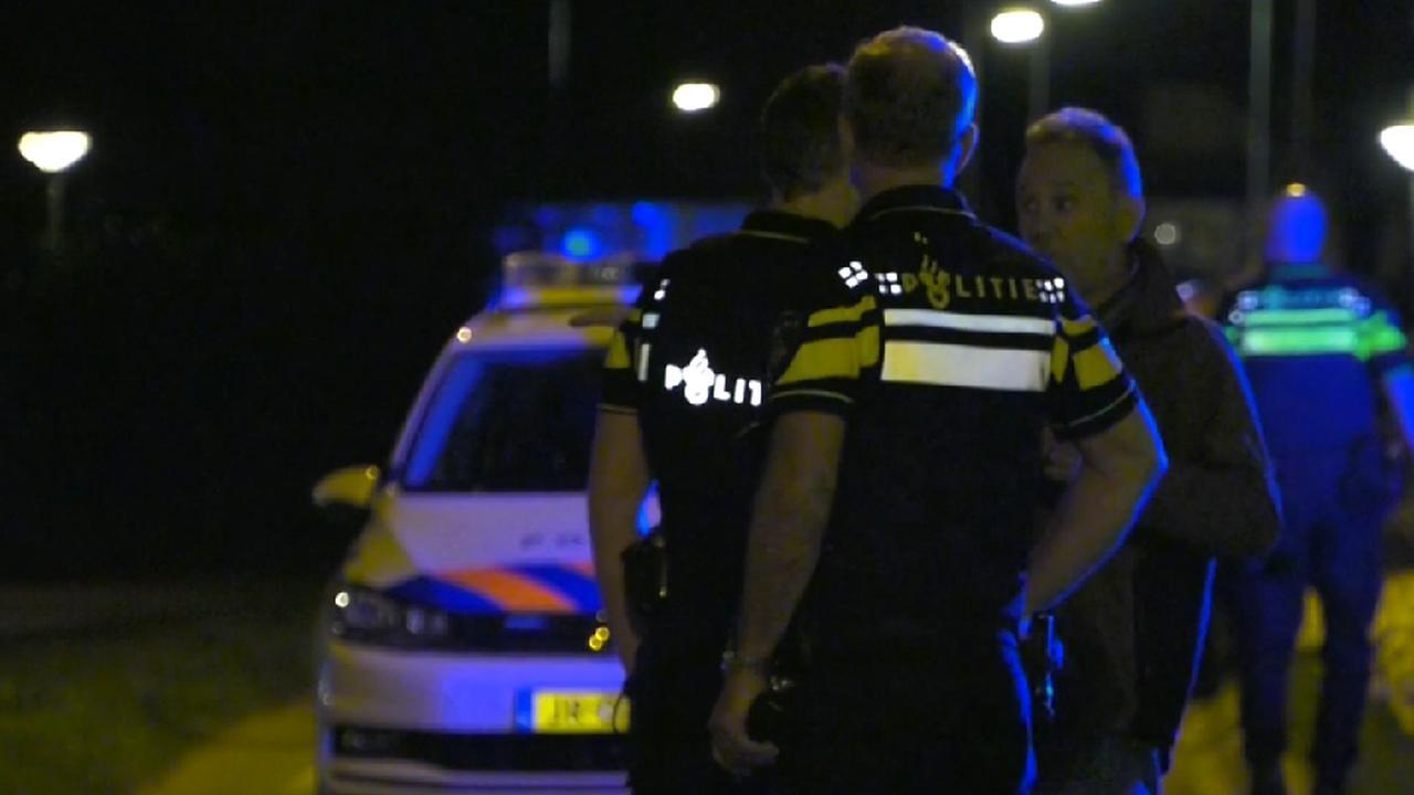 Hulpdiensten op locatie na gewapende woningoverval Arnhem