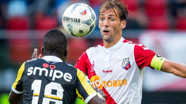 FC Utrecht-aanvoerder Janssen maakt na maanden rentree