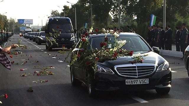 Volk neemt afscheid van president Karimov van Oezbekistan