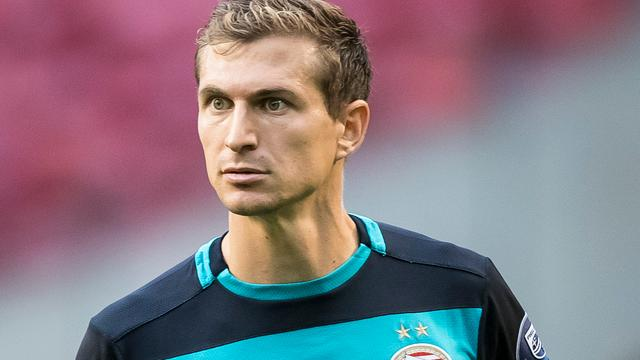 PSV begint met verdediger Schwaab tegen Rostov