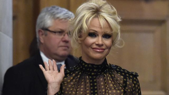 Pamela Anderson wil gevangenen in New York eten serveren
